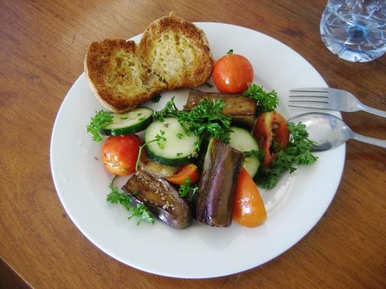 Lynn Chen's Salad - My Way